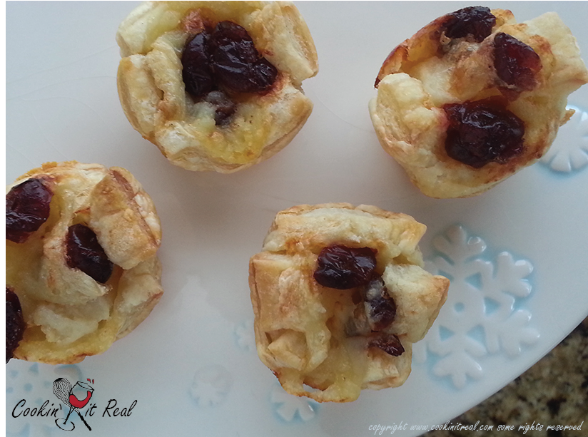 Cranberry Brie Poppers
