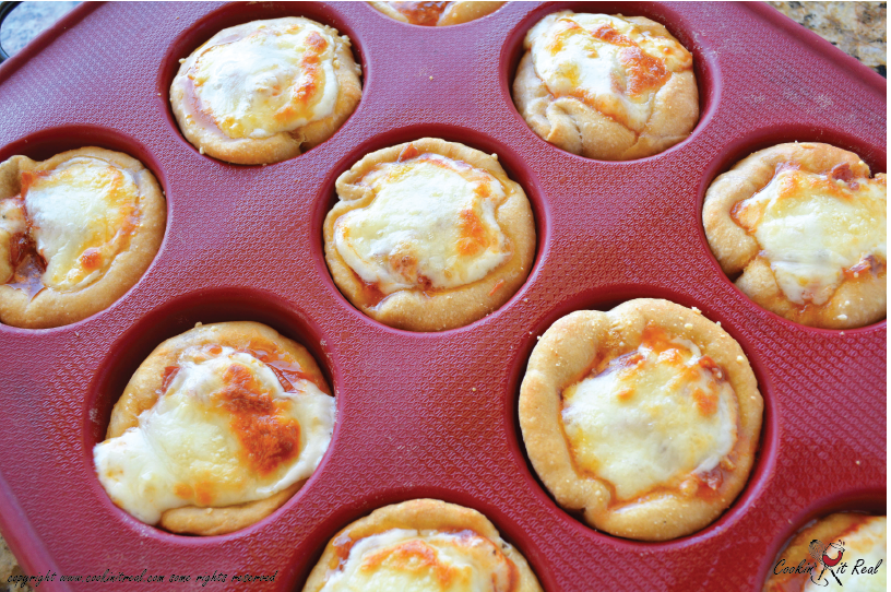 Easy Stuffed Pizza Muffins